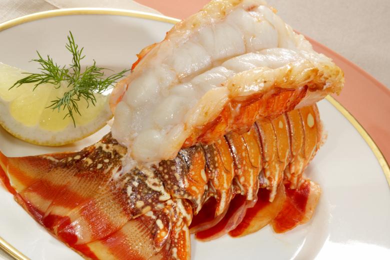 Maine Jumbo Lobster Tails