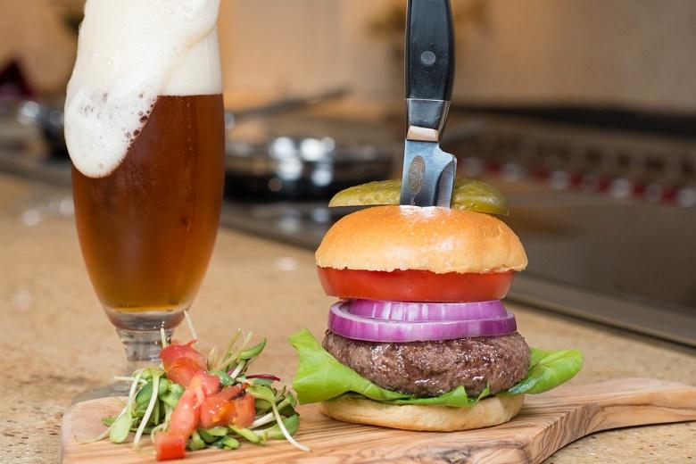 8 (8oz) Wagyu Beef Gourmet Steak Burgers