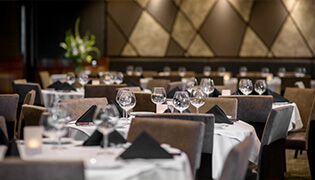 flemings-prime-steakhouse-and-wine-bar-la