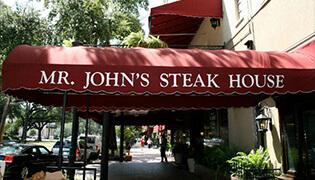 mr-johns-steakhouse-la