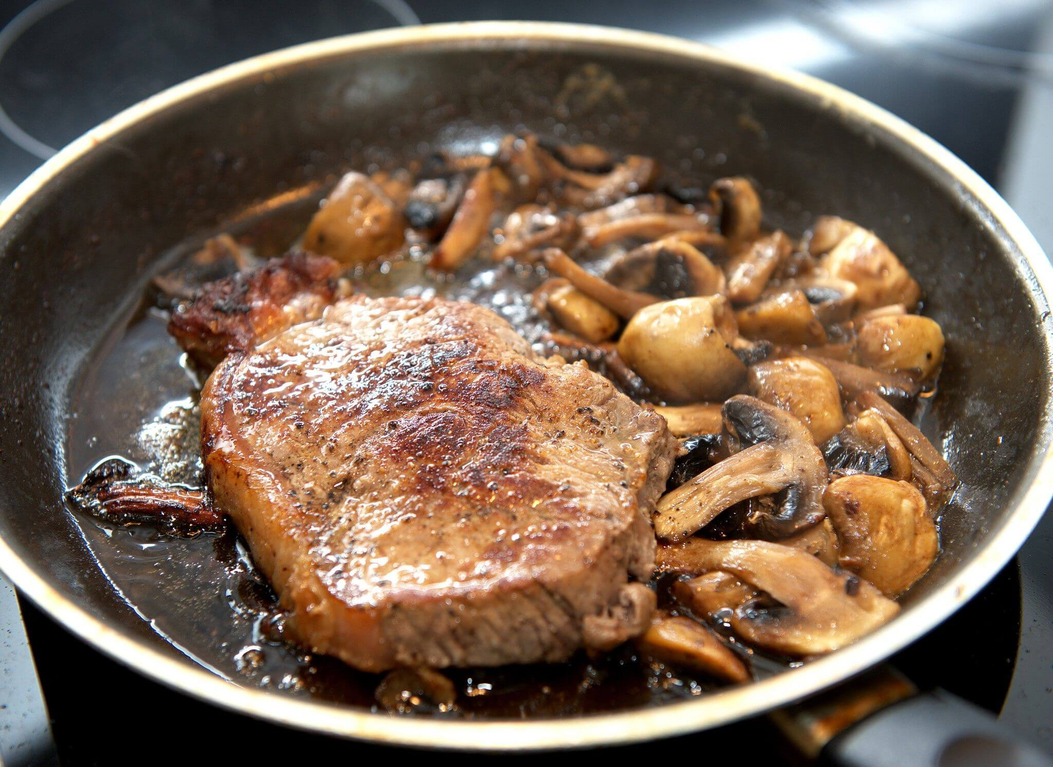 How to Reheat Steak Without Losing Taste : Steak University