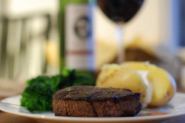 broiled filet mignon